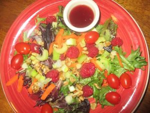 grocery shopping tip for salad dressing, salad