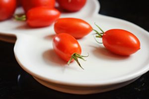 use tomatoes to eat all of your containers