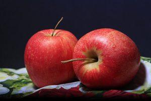 restaurant tips and tricks  eat an apple