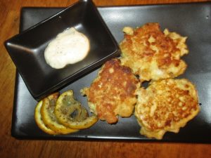 1/2 serving fish cakes