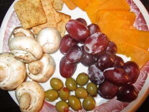 healthy snack plates with fruit