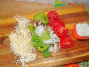veggies for chicken bacon ranch pizza